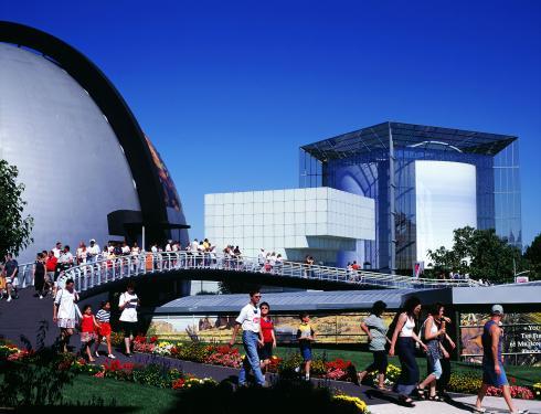 Quand le Futuroscope était sur une autre planète