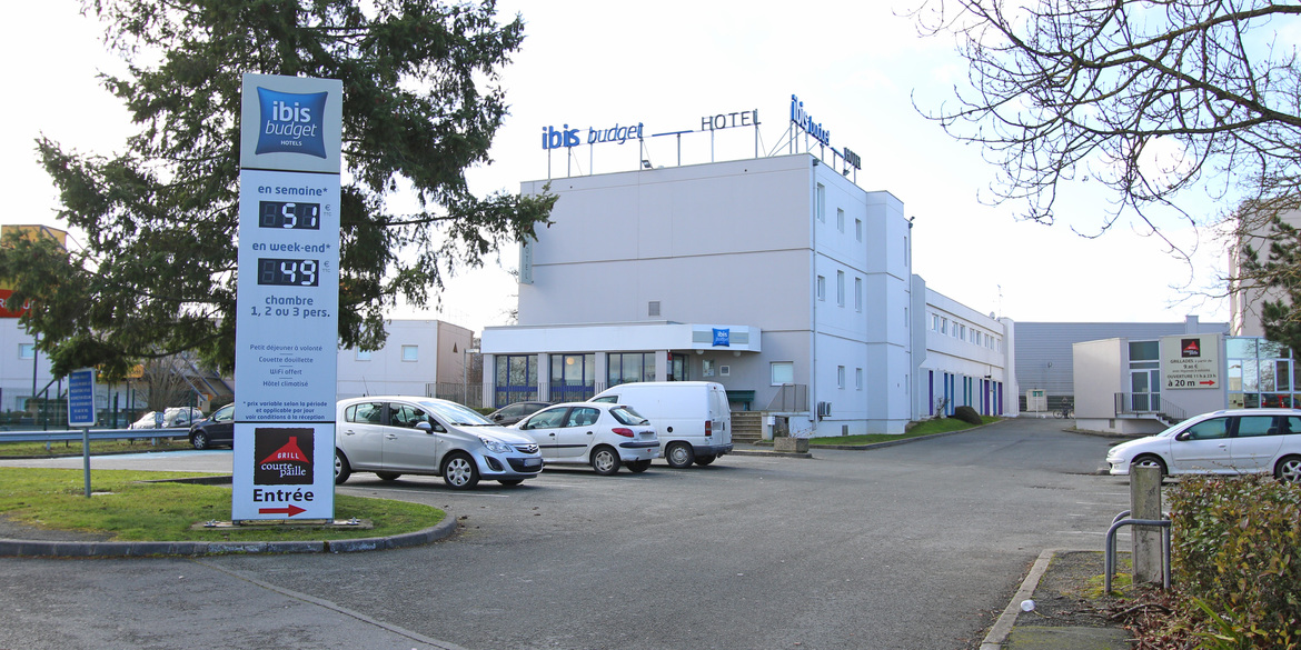 Interesting ibis budget poitiers sud with auchan sud poitiers for Auchan poitiers porte sud