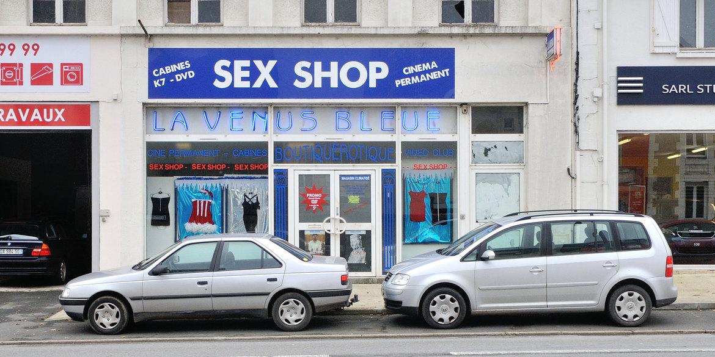 activite sex shops rochefort