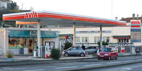 Garages et stations services gare for Garage moto poitiers